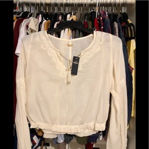 Tied front- flare sleeves top